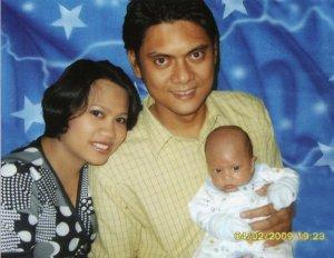 Keluarga, semoga kehadiran si kecil membawa kebahagiaan untuk keluarga