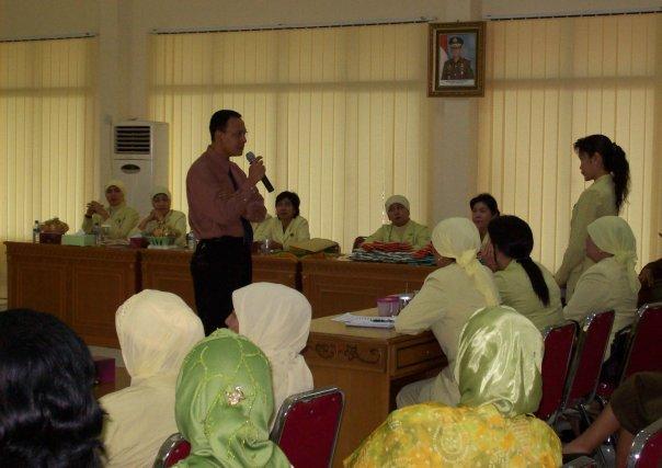 Seminar kesehatan yang diadakan oleh dharma wanita kejaksaan pekanbaru